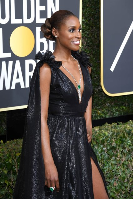 issa-rae-sideview